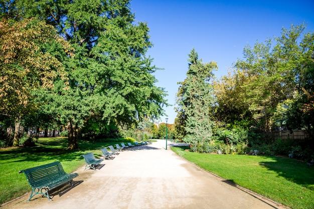 シャンゼリゼの庭園、パリ、フランス