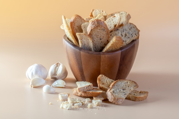 Garlic bread on orange