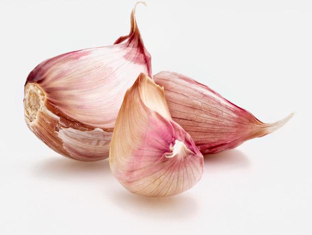Garlic bulb isolated
