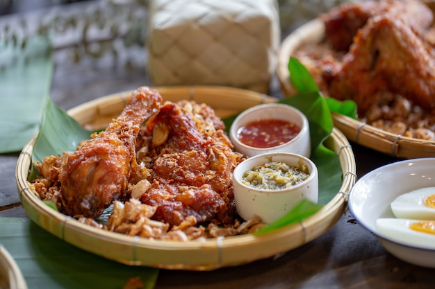 Garlic fried chicken over a wooden table