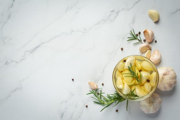 Garlic oil for treatment