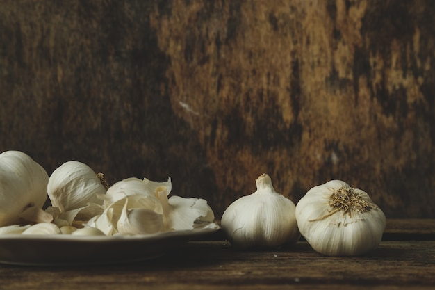 Garlic on the table