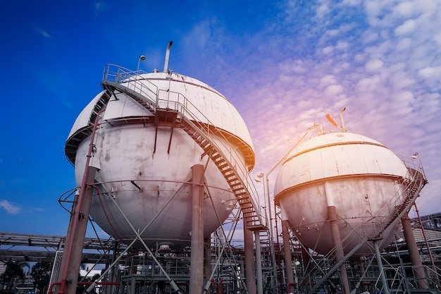 Gas storage in oil and gas refinery plant