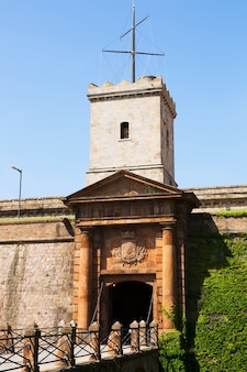 Gate of castell de montjuic in barcelona