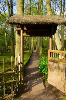 Gate to japanese garden, den haag, holland