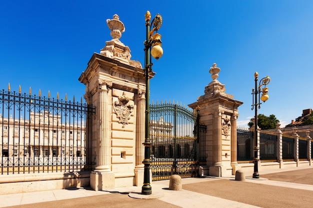 Gate of royal palace. madrid