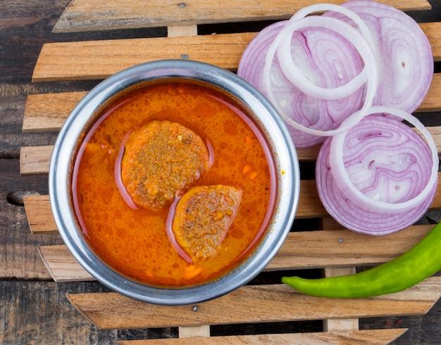 Индийская традиционная кухня gatta curry