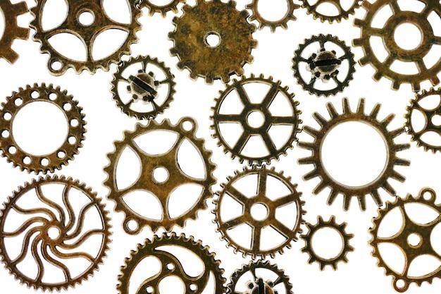 흰색 배경에 고립 된 기어 steampunk 세부 정보입니다. clockwork details.gears. 시간 및 이벤트 시간 기호. 고품질 사진