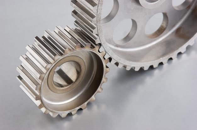 金属板の歯車