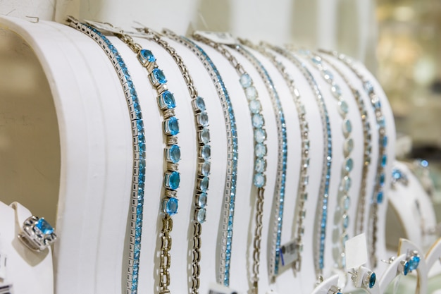 ジェムストーン装飾ブレスレットコレクション、セイロン