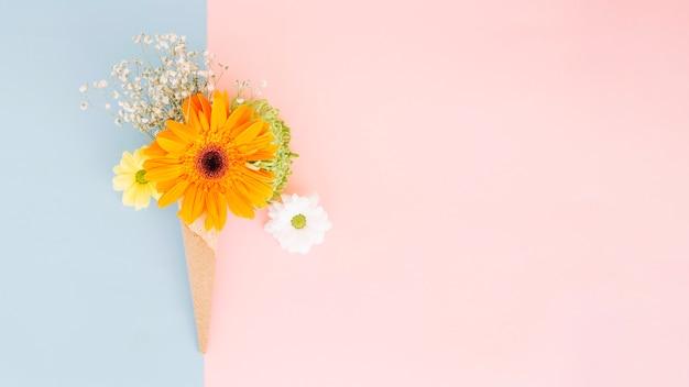 穏やかな花の配置