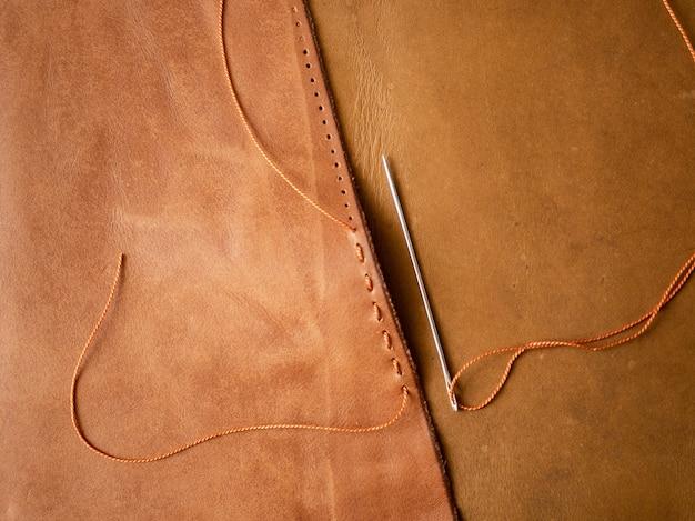 Настоящая кожа. пошив изделий из натуральной кожи. инструменты.