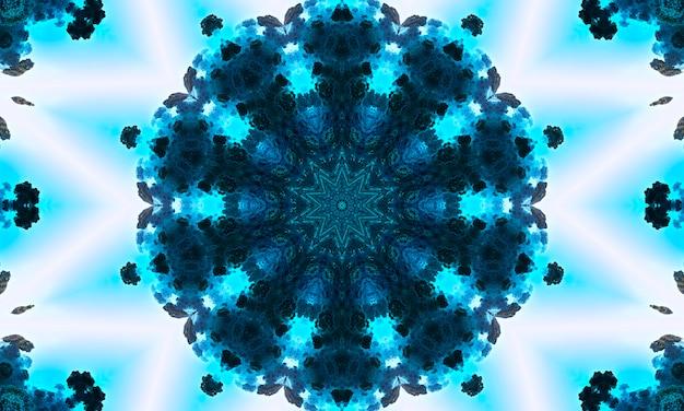 幾何学的なデザイン、多角形の万華鏡のモザイク、抽象的なモザイクの背景、カラフルな未来的な背景、幾何学的な三角形のパターン。モザイクテクスチャ。ステンドグラス効果。