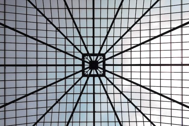 Геометрическая крыша