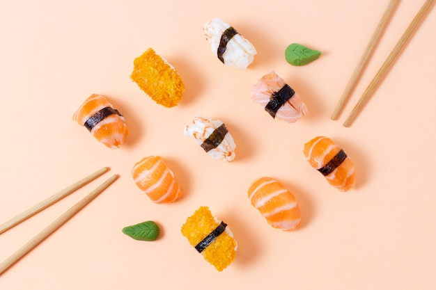 Geometric for with sushi