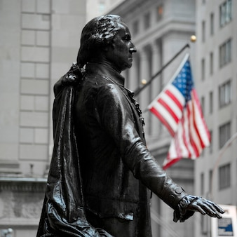George washington statue in manhattan, new york city, u.s.a.