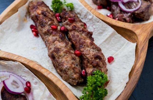 グルジア料理。キンカリ焼き肉。グルジア料理店。