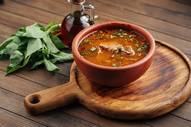 Грузинский национальный суп харчо с говядиной и рисом
