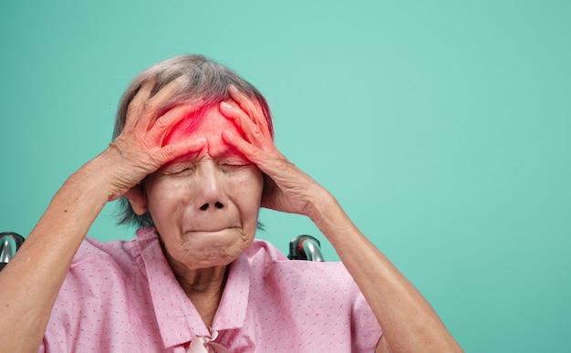 老年期の頭痛と片頭痛