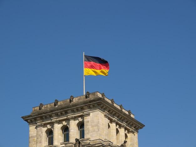 German flag on reichstag
