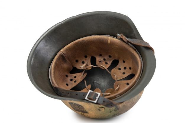 Немецкий военный шлем времен второй мировой войны (stahlhelm m1942), нормандия, 1944
