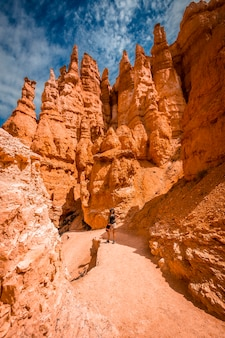 Giant eroded stones on the queens garden trail in bryce national park, utah. united states