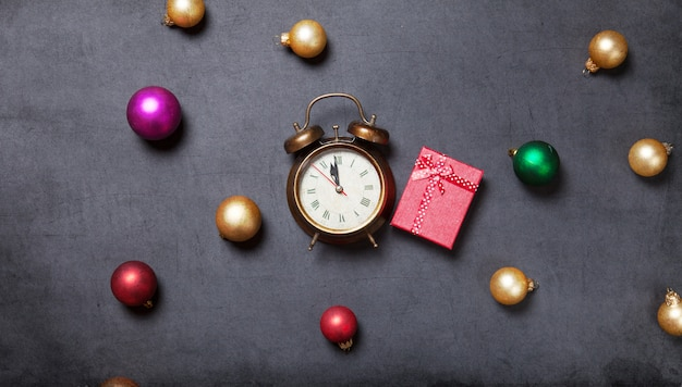 Gift and alarm clock with baubles