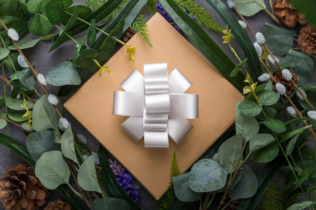 Gift box and leaves arrangement