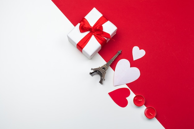 Gift box, red paper hearts . valentine's day. symbol of love. copy space, flat lay