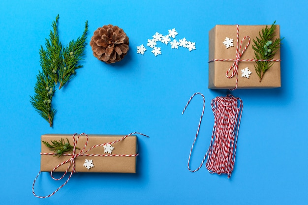 Gift wrapping, packs gifts, step by step top view