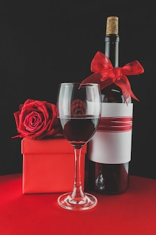 Gifts for valentine with wine and roses