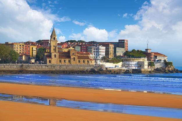 Gijon beach san lorenzo san pedro church asturias