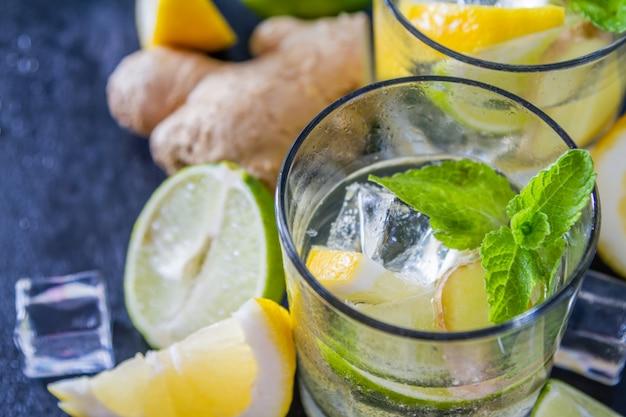 Имбирный лимонад и ингредиенты