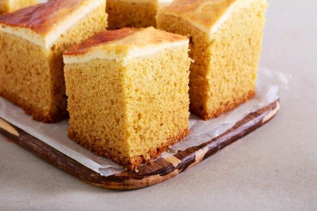 Gingerbread cake bars