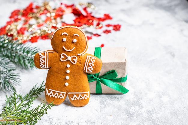 ジンジャーブレッドクリスマススウィートペストリースイーツデザートお祭り自家製ケーキトリート