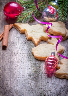 Gingerbread cookies and christmas decorations