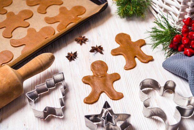 Gingerbread man ingredients and tools