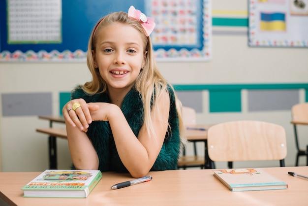 女の子、教室、デスクトップ