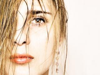 Girl, con2011