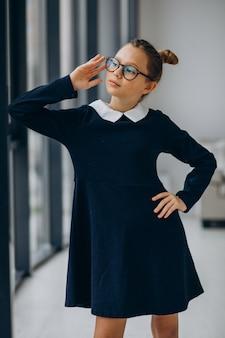 학교 유니폼 십 대 소녀