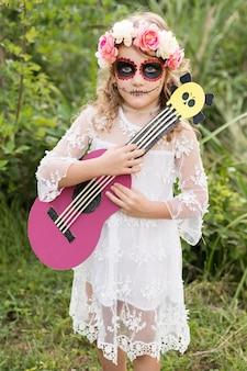 ハロウィーンの衣装の女の子