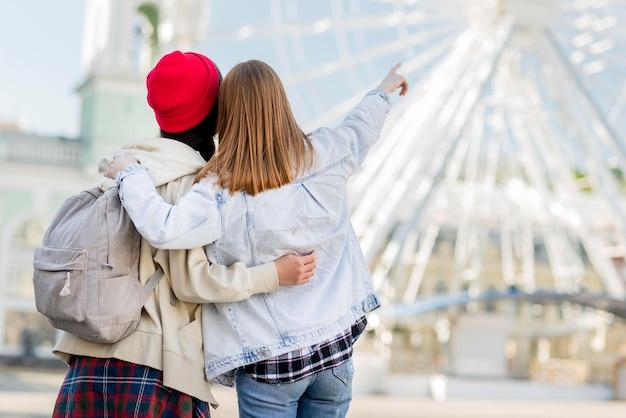 Girlfriends at london eye