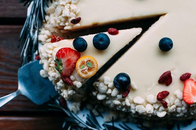 果実の白glと選択的なマクロフォーカスケーキ
