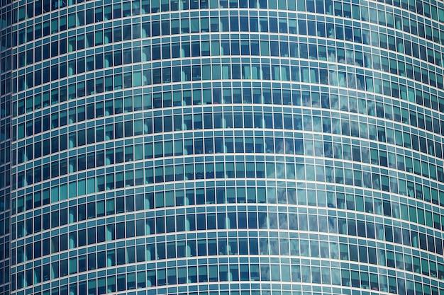 Стеклянные фасады офисных зданий для фона