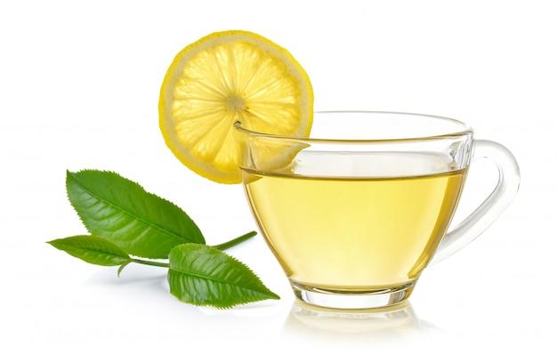 分離されたレモン茶のガラス