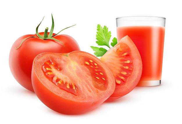 흰색 배경에 분리된 토마토 주스와 신선한 토마토 한 잔