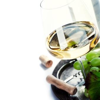 ワインとブドウのガラス