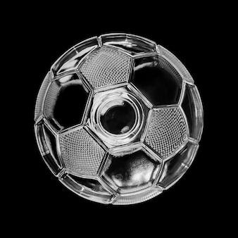 黒で隔離のガラスサッカーボール