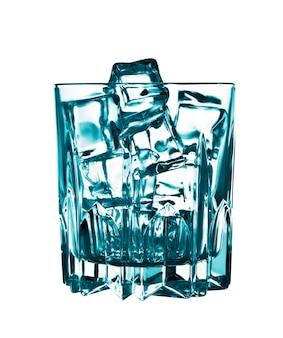 白で隔離される角氷が付いているガラス