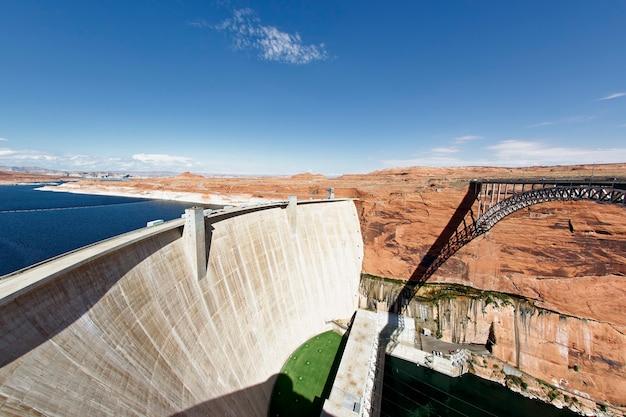 The glen dam and bridge in page, arizona, usa